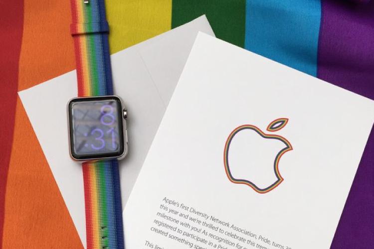 アップル、レインボー仕様のアップルウォッチ