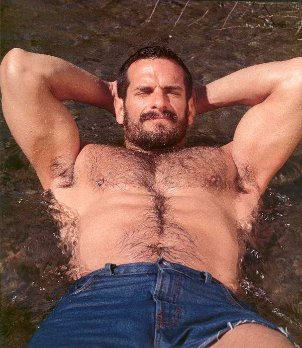 muscle-daddy-and-hairy-muscular-men-1-001